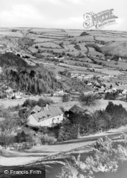 View From The Rocks c.1950, Glyn Ceiriog