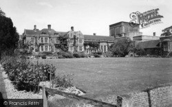 The House c.1950, Glyndebourne