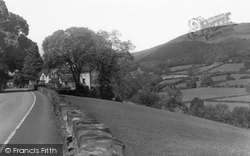 Glyndyfrdwy, Dee Valley And Berwyn Hotel c.1955