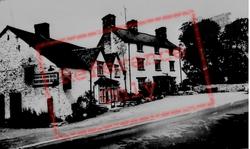 Glyndyfrdwy, The Berwyn Arms Hotel c.1965