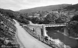 Glyndyfrdwy, The Bridge And Berwyn Mountain c.1955