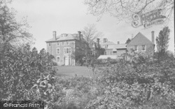 Godalming, Charterhouse, Robinites 1927