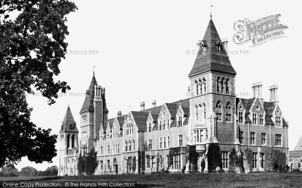 Photo of Godalming, Charterhouse School 1895