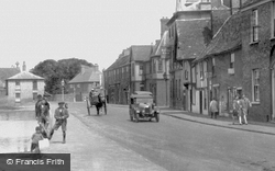 The Causeway 1929, Godmanchester
