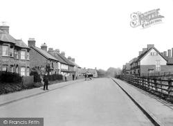 Godstone, Salisbury Road 1905