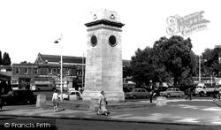 Golders Green, The Memorial c.1960