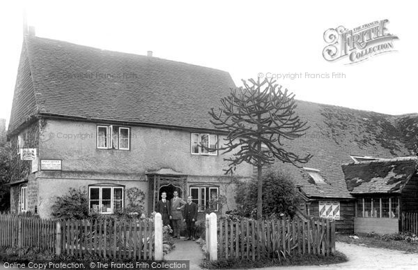 Gomshall,Post Office and Mill 1913,Surrey