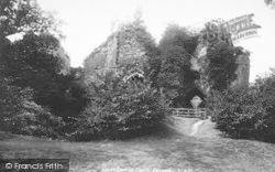 Goodrich, Castle, Entrance 1893