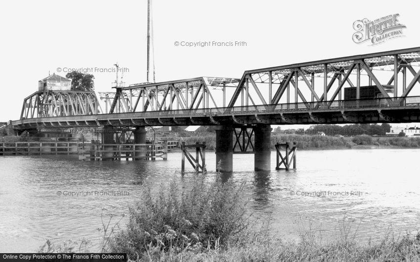 Goole, Boothferry Bridge c1965