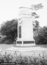 The Memorial And Park c.1965, Goole