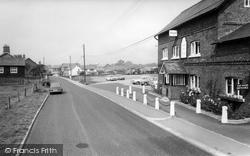 Goostrey, The Crown Inn c.1965