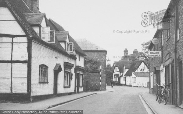 Photo of Goring, High Street c.1950