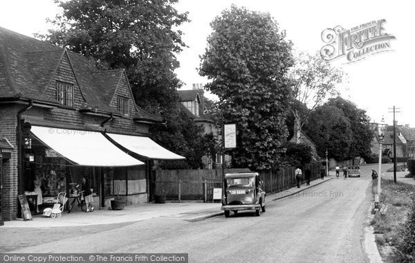 Photo of Goring, High Street c.1950