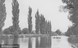 Goring, River Thames c.1950