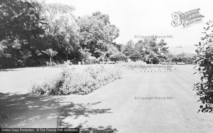Photo of Gorseinon, The Gardens c.1960