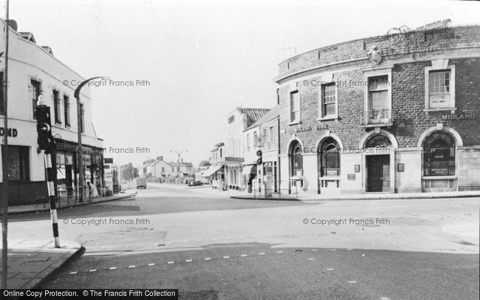Photo of Gorseinon, West End Square c.1960