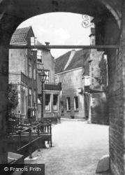 Achter De Kerk Through Buttress Arch Of Sint Janskerk c.1930, Gouda