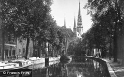 Gouwe And Gouwekerk c.1930, Gouda