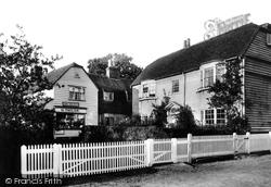 Cranbrook Road 1904, Goudhurst