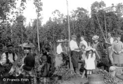 Hop Pickers 1904, Goudhurst