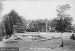 Lidwells 1902, Goudhurst
