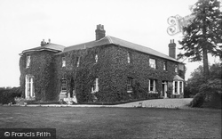 Tattlebury House 1904, Goudhurst