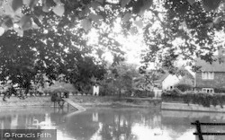 Goudhurst, The Village Pond c.1960