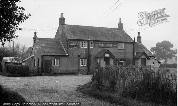 Photo of Graffham, The White Horse Inn c.1955