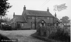 Graffham, The White Horse Inn c.1955