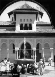 The Alhambra, Court Of The Lions 1960, Granada
