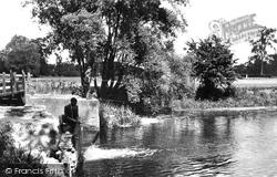 Grantchester, Byron's Pool c.1946