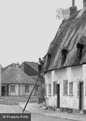 Thatching The Roof c.1946, Grantchester