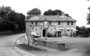 Grantchester, the Rose and Crown c1965