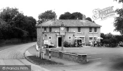 Grantchester, The Rose And Crown c.1965