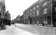Grantham, George Hotel and High Street c1955