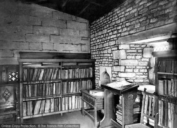 Photo of Grantham, St Wulfram's Church, The Chained Library 1889