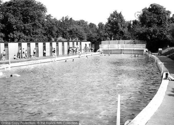 Photo of Grantham, the Swimming Pool c1955
