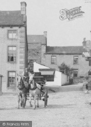 Grassington, Square, Driving Phaeton c.1910