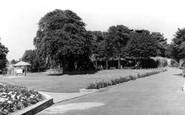 Gravesend, Fort Gardens c.1955