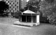 Gravesend, Fort Gardens c.1965