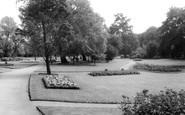 Gravesend, Gordon Gardens c.1965