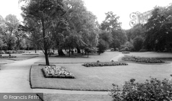 Gordon Gardens c.1965, Gravesend