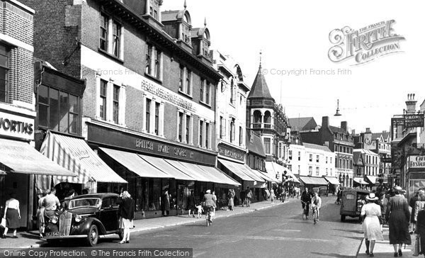 Gravesend, New Road c.1955