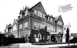 Gravesend, Technical Institute 1902