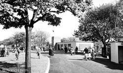 Gravesend, The Promenade Café c.1955