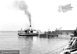 The West And Town Piers c.1950, Gravesend