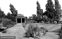 Grays, Rest Garden, Palmers Avenue c.1955