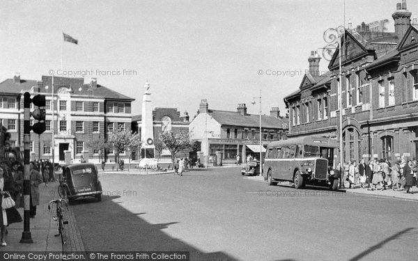Photo of Grays, the High Street c1955, ref. G85012