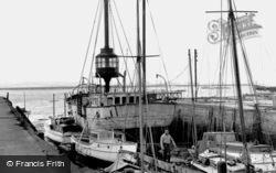 Grays, The Lightship c.1955