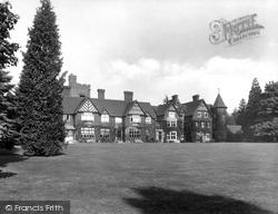 Grayshott Hall 1928, Grayshott